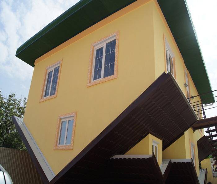 «Дом вверх дном» в с.Кабардинка